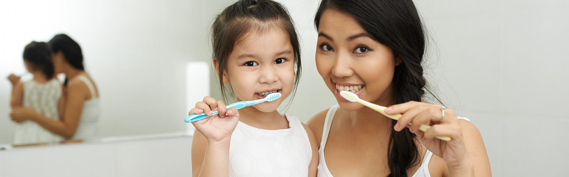 FRESH BREATH - Family Brushing
